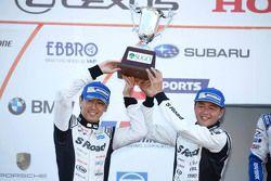 En segundo lugar, Satoshi Motoyama, Masataka Yanagida, S Camino Mola Nissan GT-R
