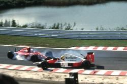 Alain Prost, Ferrari e Ayrton Senna, McLaren, la collisione alla prima curva