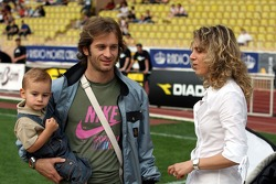 Star Team for Children VS National Team Drivers, Charity Football Match, Louis II StadiumAlbert II: Jarno Trulli, Toyota Racing with his wife and son