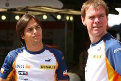 Nelson A. Piquet, pilote d'essai, Renault F1 Team et Alan Permaine, Renault F1 Team, Ingénieur