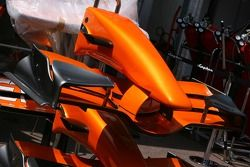 A sponsor-less Spyker F1 Team, front wing