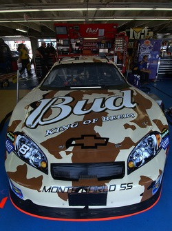 Commemorative paint for Dale Earnhardt during Memorial Day weekend