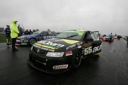 Steve Owen (Autobarn Racing Commodore VZ)
