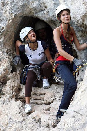 Formula Unas girls in a mountain climbing expedition: Katja Semenova and Tahnee Frijters