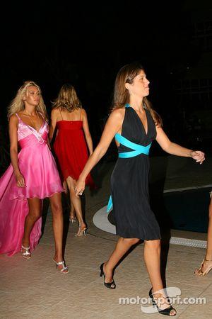 Amber Fashion: Silvana Barrichello, Wife of Rubens Barrichello