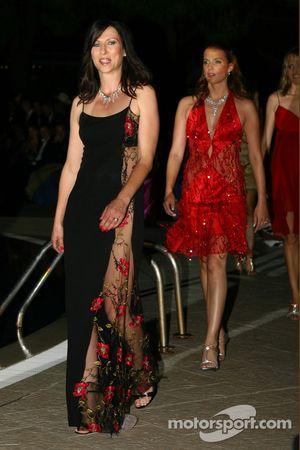 Amber Fashion: Erja Hakkinen wife of Mika Hakkinen