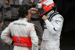 Pole winner Fernando Alonso celebrates with Robert Kubica,  BMW Sauber F1 Team