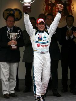 Podium: race winner Pastor Maldonado