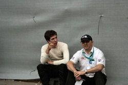 Jonathan Kennard et l'attaché de presse de la série Jeff Carter