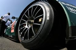 Détail de l'Aston Martin Racing Aston Martin DBR9