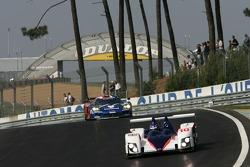 #10 Arena International Motorsport Zytek 07S: Stefan Johansson, Hayanari Shimoda, Tom Chilton