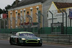 #009 Aston Martin Racing Aston Martin DBR9: David Brabham, Rickard Rydell