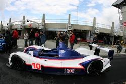 Arena International Motorsport Zytek 07S devant les vérifications techniques