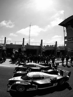 Team Peugeot Total Peugeot 908 heads to scrutineering