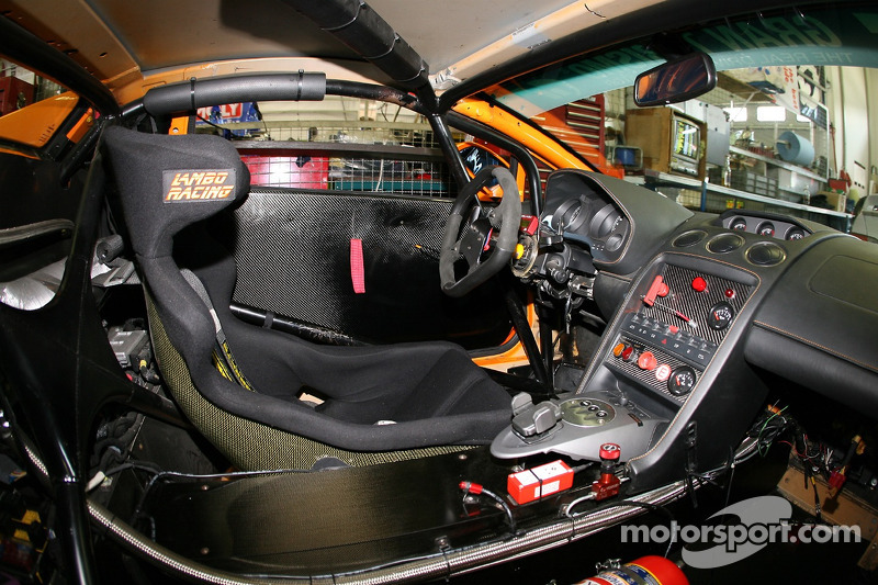 Inside Of The Lambo Racing Lamborghini Gallardo Gtr At 24 Hours Of