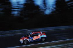 #236 VLN Honda Junior Team-FH Köln Motorsport Honda Civic Type-R: Nicole Müllenmeister, Marc-Uwe von Niesewand, Daniel Ortmann