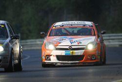 #118 Kissling Motorsport Opel Astra GTC: Rainer Bastuck, Josef Klüber