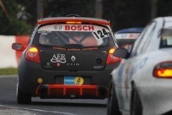 #124 Renault New Clio RS: Massimiliano Milli, Umberto Nacamuli, Luigi Emiliani