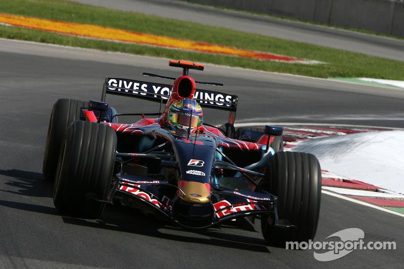 #18: Vitantonio Liuzzi, Scuderia Toro Rosso, STR2