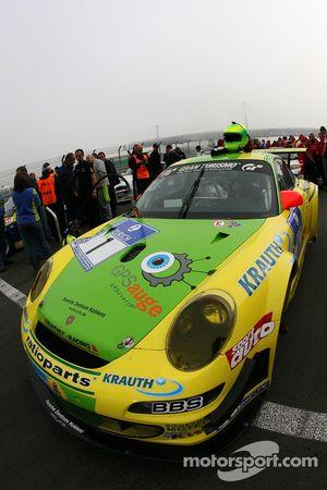 Voiture de tête sur la grille de départ: n ° 1 Manthey Racing Porsche 911 GT3 RSR: Timo Bernhard, Marc Lieb, Romain Dumas, Marcel Tiemann