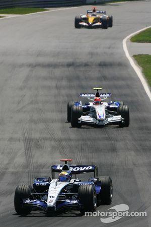 Nico Rosberg, WilliamsF1 Team, FW29 y Robert Kubica, BMW Sauber F1 Team, F1.07