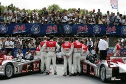 Derrière la scène lors de la séance photo de l'équipe Audi