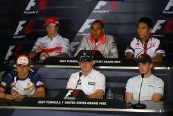 Ярно Трулли, Toyota Racing и Льюис Хэмилтон, McLaren Mercedes, Такума Сато, Super Aguri F1, Хейкки К