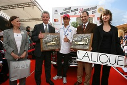 Stéphane Sarrazin accepts overall pole winning award