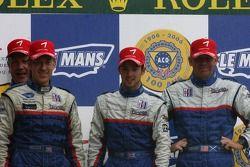 Podium LMP2: les vainqueurs William Binnie, Allen Timpany, Chris Buncombe