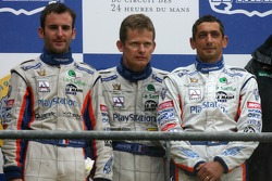 Podium LMP1: troisième place Emmanuel Collard, Jean-Christophe Boullion, Romain Dumas