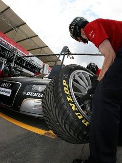 Pitstop practice at Audi Sport Team Phoenix
