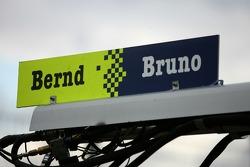Pit sign for Bruno Spengler and Bernd Schneider