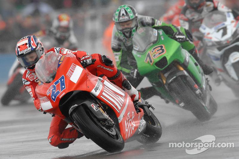 #12 - Casey Stoner - GP de Gran Bretaña 2007