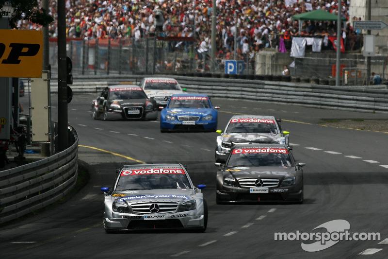 На новом AMG C-Class пилоты Mercedes выиграли семь из десяти гонок сезона в 2007-м. Бруно Спенглер второй раз подряд стал вице-чемпионом. Мика Хаккинен объявил о своем уходе из автоспорта спустя три года в DTM, одержав победу в трех гонках в серии
