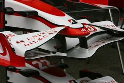 Super Aguri F1 Team, SA07, ön kanat detay