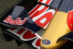 Scuderia Toro Rosso, STR02, ön kanat