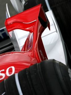 Toyota F1 Team wing detail