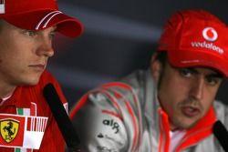 Кими Райкконен, Scuderia Ferrari и Френандо Алонсо, McLaren Mercedes