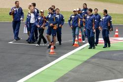 Heikki Kovalainen, Renault F1 Team, Giancarlo Fisichella, Renault F1 Team, Nelson A. Piquet, Test Dr