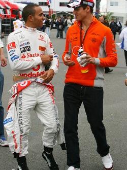 Льюис Хэмилтон, McLaren Mercedes и Адриан Сутиль, Spyker F1 Team