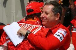 Ganador de la Pole Position Felipe Massa, Scuderia Ferrari, F2007 con Jean Todt, Scuderia Ferrari, F
