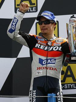 Podio: tercer lugar Nicky Hayden