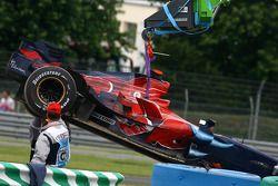 Car, Vitantonio Liuzzi, Scuderia Toro Rosso, is lifted away after kazaing aat start