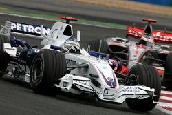 Ник Хайдфельд, BMW Sauber F1 Team , Фернандо Алонсо, McLaren Mercedes