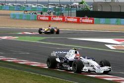 Robert Kubica, BMW Sauber F1 Team, F3.07, Giancarlo Fisichella, Renault F1 Team, R27