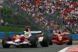 Ralf Schumacher, Toyota Racing, TF107 ve Kimi Raikkonen, Scuderia Ferrari, F2007
