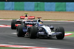 Nico Rosberg, WilliamsF1 Team, FW29, Lewis Hamilton, McLaren Mercedes, MP4-22