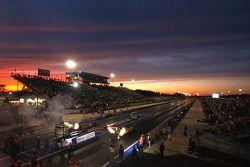 Coucher de soleil sur Summit Racing Equipment Motorsports Park