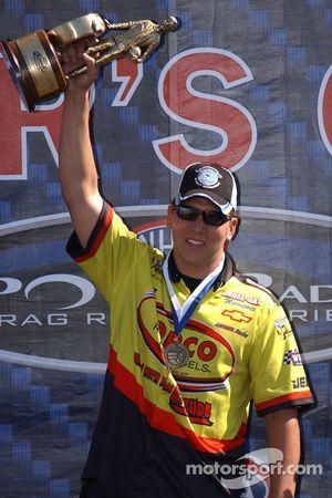 Dave Connolly, vainqueur Pro Stock