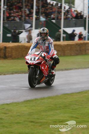 Troy Corser, Yamaha YZF-R1 2007